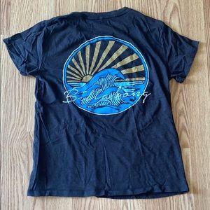 Billabong graphic tee shirt medium